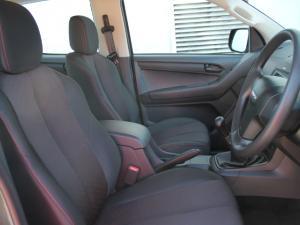 Isuzu D-Max 250 double cab Hi-Ride - Image 14