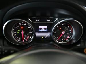 Mercedes-Benz A 220d Urban automatic - Image 5