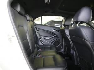 Mercedes-Benz A 220d Urban automatic - Image 8