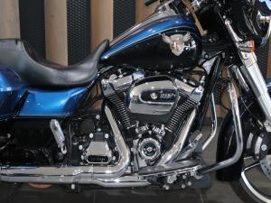Harley Davidson Street Glide - Image 2