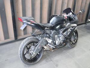 Kawasaki ZX6-R - Image 4
