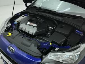 Ford Focus 2.0 Gtdi ST1 - Image 15