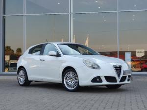 Alfa Romeo Giulietta 1.4TBi Distinctive - Image 1