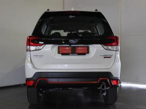 Subaru Forester 2.5i-Sport ES - Image 4