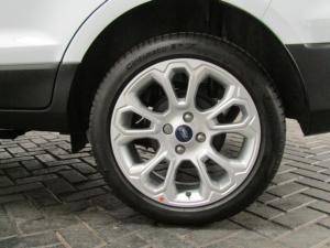 Ford EcoSport 1.0T Titanium auto - Image 10