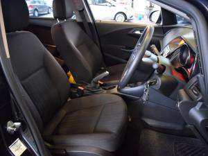 Opel Astra sedan 1.6 Essentia - Image 10