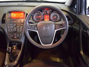 Opel Astra sedan 1.6 Essentia - Image 15