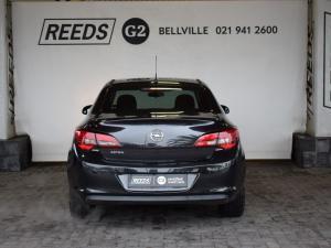 Opel Astra sedan 1.6 Essentia - Image 7