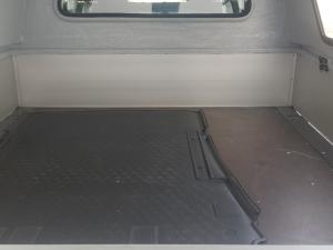Volkswagen Transporter 2.0TDI 81kW double cab - Image 9