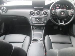Mercedes-Benz A 220d Urban automatic - Image 6
