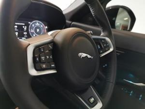 Jaguar E-PACE D180 2.0D SE - Image 13