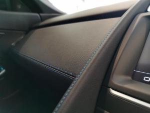 Jaguar E-PACE D180 2.0D SE - Image 15