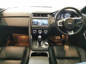 Jaguar E-PACE D180 2.0D SE - Image 9