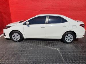 Toyota Corolla Quest 1.8 Plus auto - Image 9