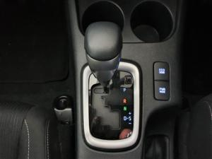 Toyota Hilux 2.8GD-6 double cab Raider auto - Image 18