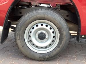 Toyota Hilux 2.4GD S (aircon) - Image 17