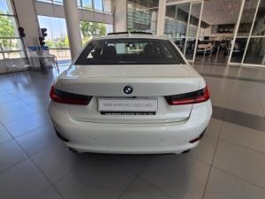 BMW 318i automatic Sport Line automatic - Image 4
