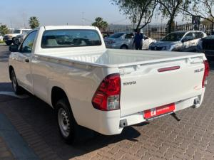 Toyota Hilux 2.0 S (aircon) - Image 8