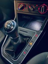 Volkswagen Polo hatch 1.0TSI Highline - Image 12
