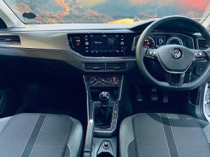 Volkswagen Polo hatch 1.0TSI Highline - Image 14