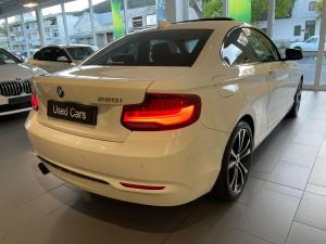 BMW 2 Series 220i coupe Sport Line Shadow Edition - Image 4