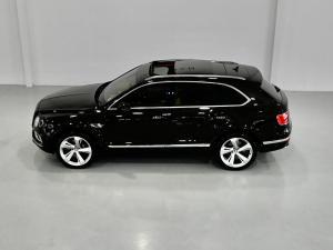 Bentley Bentayga Diesel - Image 19