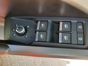 Audi Q3 35TFSI Urban Edition - Image 11