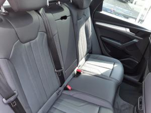 Audi Q5 40TDI quattro S line - Image 18