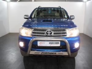 Toyota Fortuner 3.0D-4D Raised Body 4X4 - Image 2