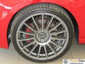 Volkswagen Golf VI GTI 2.0 TSI DSG - Image 6