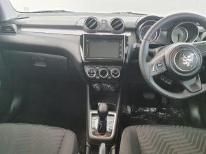 Suzuki Swift 1.2 GLX AMT - Image 5