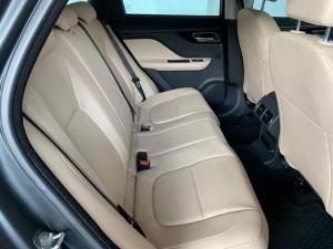 Jaguar F-PACE 3.0D AWD Pure - Image 16