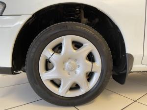 Mazda Etude 160 E - Image 13