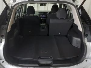 Nissan X-Trail 2.5 4x4 Acenta - Image 6