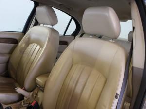 Jaguar X Type 2.2D SE - Image 6