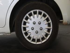 Nissan Micra 1.2 Visia+ - Image 9
