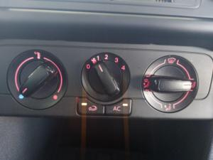 Volkswagen Polo Vivo hatch 1.4 Trendline - Image 16