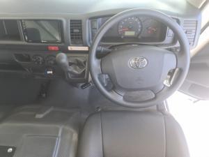 Toyota Hiace 2.7 Ses-fikile 16-seater - Image 7