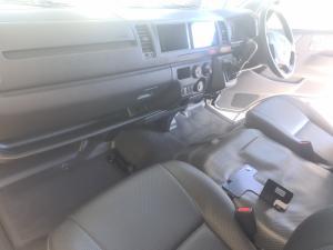 Toyota Hiace 2.7 Ses-fikile 16-seater - Image 8