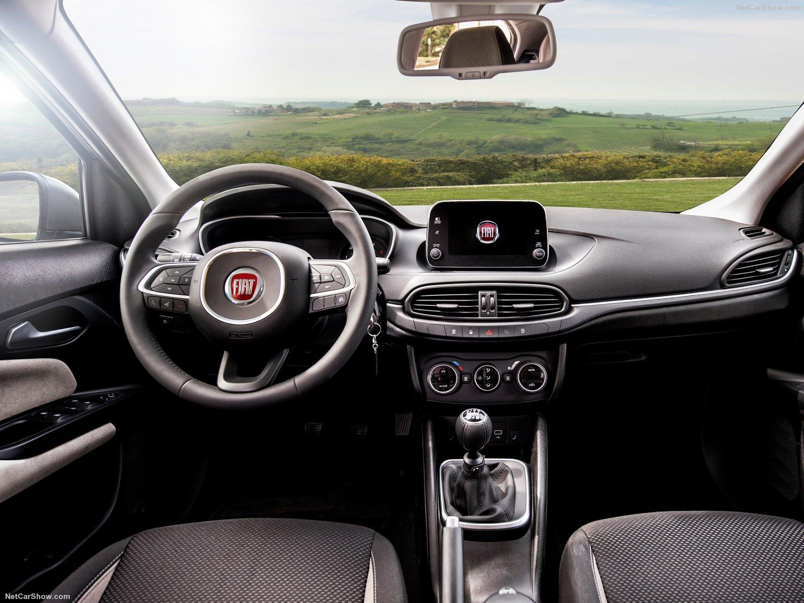Fiat Tipo Interior - Leather
