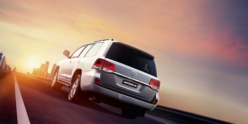 SUV Land Cruiser 200 4.5D V8 VX-R Black 6AT