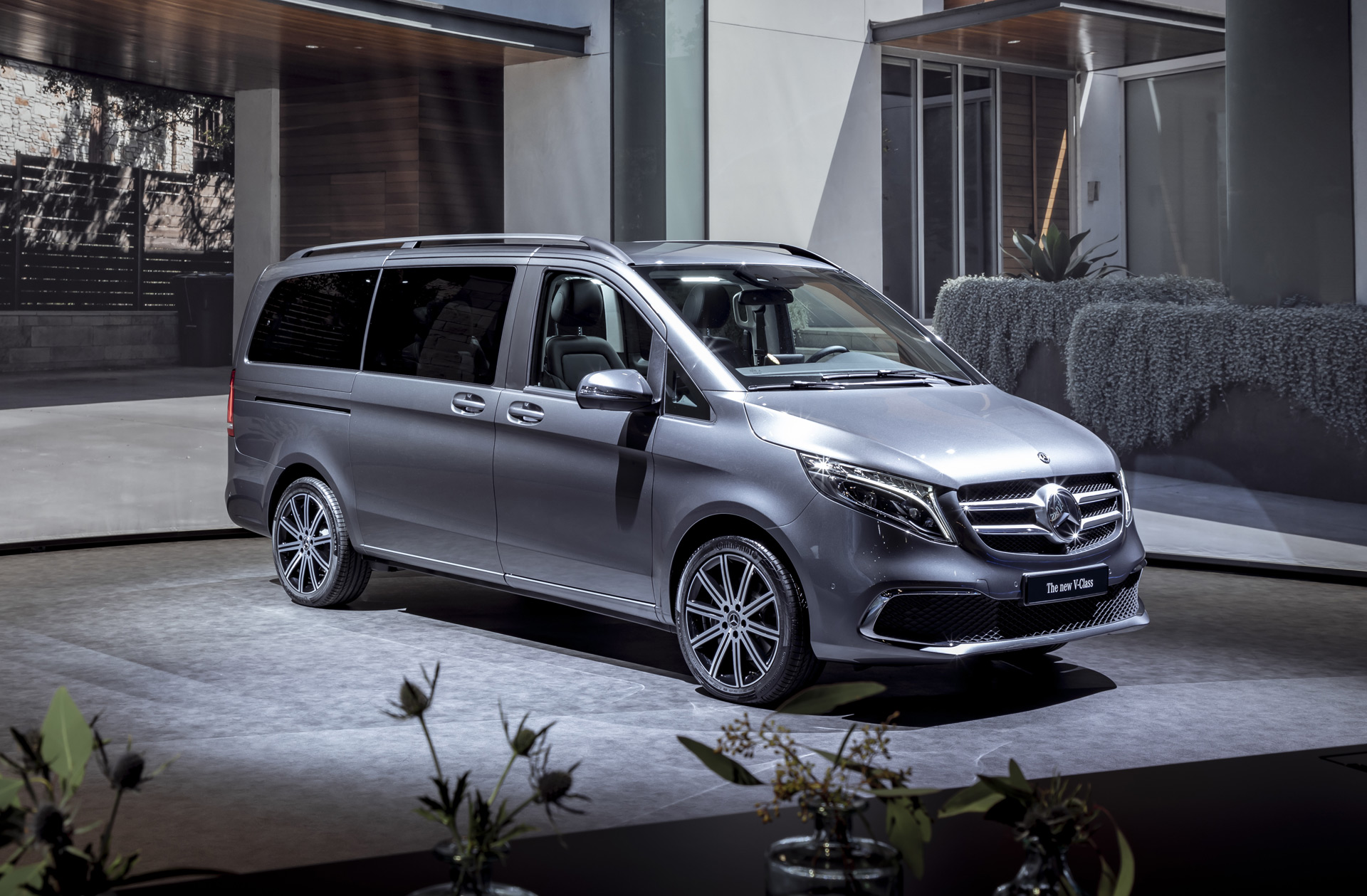 2019 Mercedes-Benz V-Class hints at updates for Metris van, EQV electric version coming