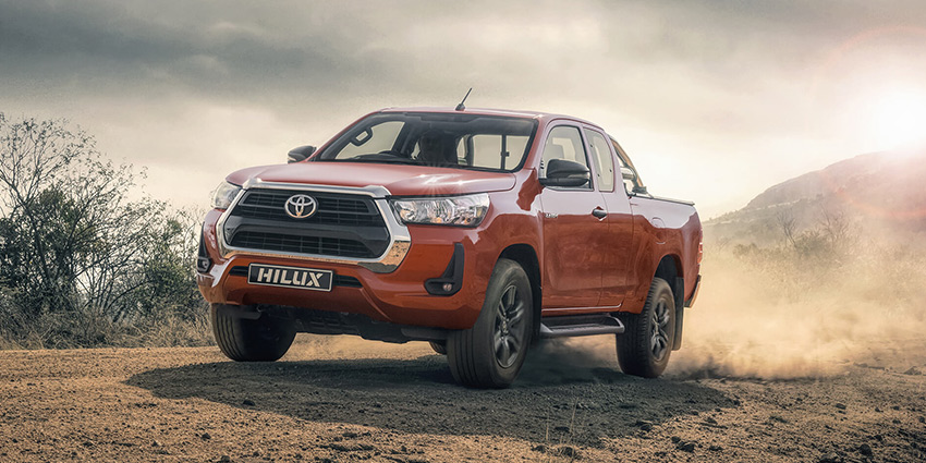 Commercial Hilux XC 2.4 GD-6 RB RAIDER 6AT