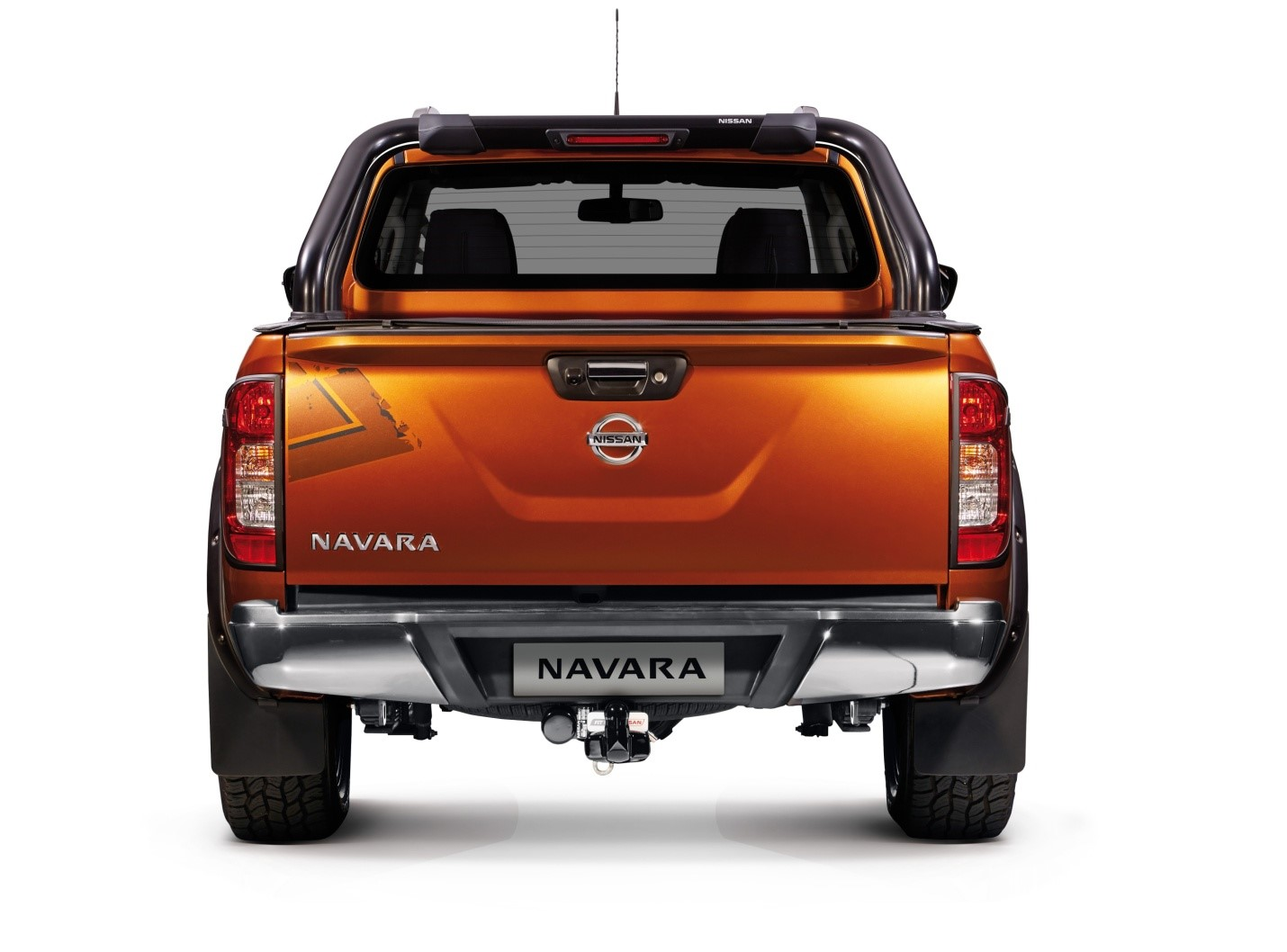 Rough rural roads was also a concern for mamsy madonsela who recently bought a new nissan navara we once drove with a couple who owned a nissan np300
