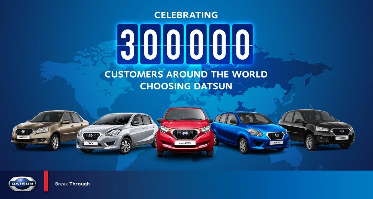 CELEBRATING 300,000 CUSTOMERS AROUND THE WORLD CHOOSING DATSUN