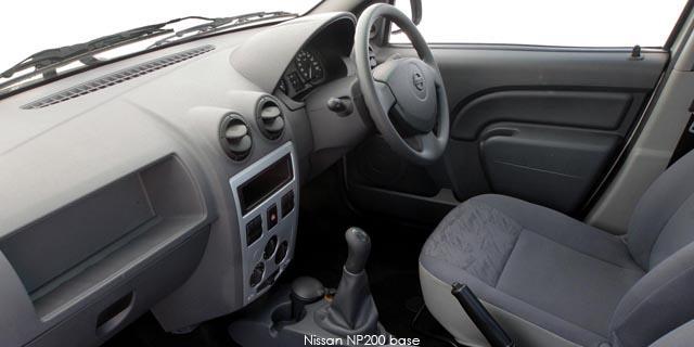 Nissan NP200 1.6 8V BASE +AC SAFETY