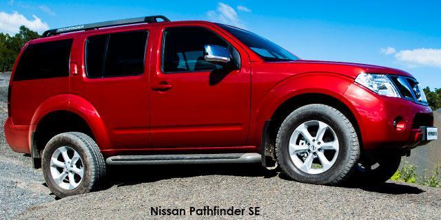 Nissan Pathfinder 2.5dCi SE