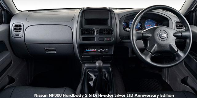 Nissan NP300 Hardbody 2.5D HIGH DC