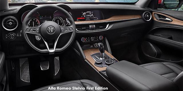 Alfa Romeo Stelvio 2.0T First Edition Q4