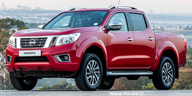 Nissan Navara 2.3D LE 4X2 DC + Leather
